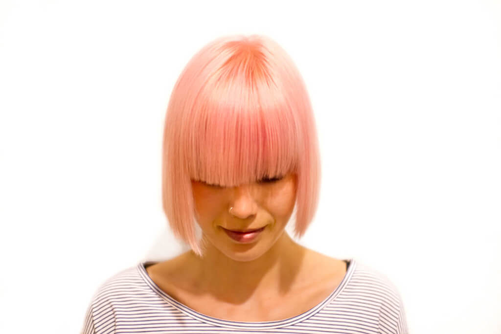 coupe courte pastel rose gold